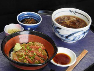 金目鯛の漬け丼とミニ蕎麦・うどん
